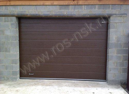 Секционные гаражные ворота  Дорхан 2700*2300мм