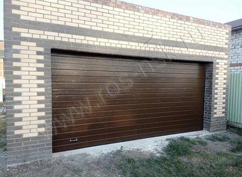 Ворота секционные гаражные подъемные  DOORHAN 4200*2200